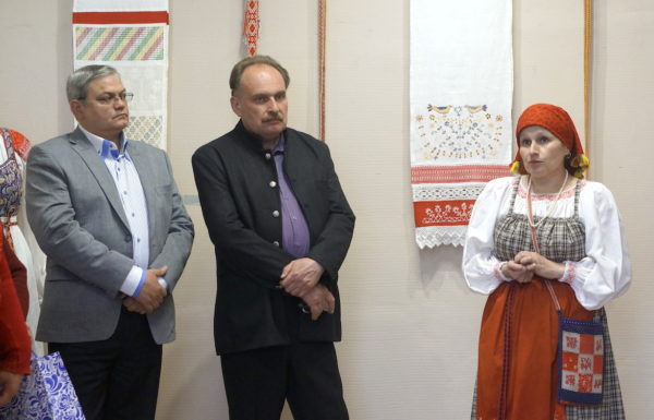 В Максатихинском районе открылась выставка Бариновой Надежды Евгеньевны